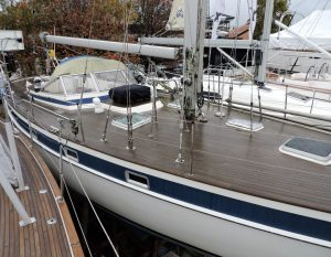 Hallberg Rassy 42 yacht marine survey for Transworld Yachts in Hamble