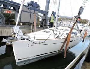 Beneteau Oceanis 37 Yachts Marine Survey Chichester