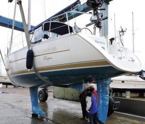 Beneteau Oceanis 323 Marine Survey