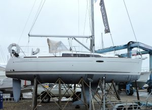 Beneteau Marine Surveyor Lymington